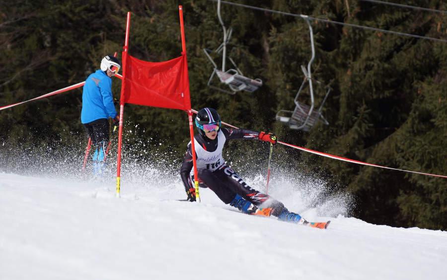 Giant slalom training at Spitzingsee